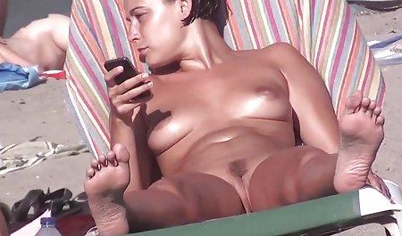 રાક્ષસ વિશાળ ડિંટ્ડી ફ્લોપી વાહિયાત ઘૂંટણ સેક્સ સાથે એક યુવાન કાળા સ્ત્રી માં