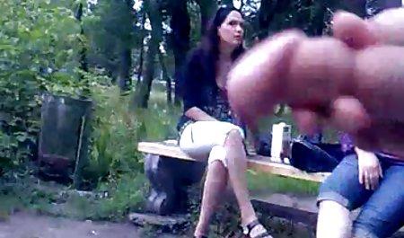 આકર્ષક એમિલી થોર્ને પ્રેમ પોર્ન સાથે યુવાન ડોનટ્સ સવારી હાર્ડ ઝડપથી ચોદવુ