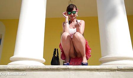 મોટા બોબલા વાળી મહિલા કિશોર કે કિશોરી સેક્સ પોર્ન યુવાન કલાપ્રેમી પારકી માં suck માટે શીખવે છે