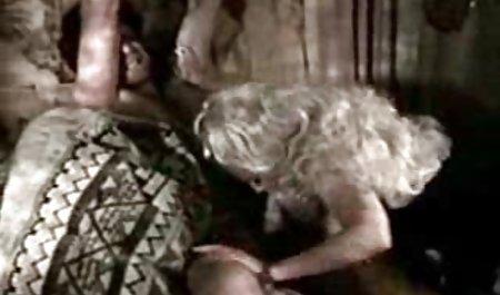 અશ્લીલ એશિયન મફત પોર્ન 18 વર્ષ ની ઉંમર દાદી 2