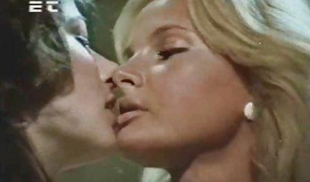 સુંદર પોર્ન યુવાન વિડિયો મફત છે છોકરી Fucks વ્યક્તિ વેબકેમ પર અને ગાંડ