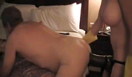 મોલી માન્સોન ચૂકવે છે તેની પોર્ન વિડિયો સાથે યુવાન સાથે શરીર