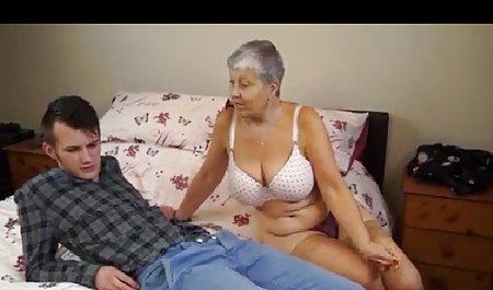હોટ પત્ની જુઓ ભારતીય પોર્ન સાથે યુવાન બેડ વાહિયાત